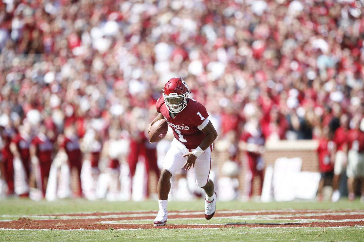 0461d5f7 Oklahoma Sooners quarterback Kyler Murray (1) scrambles for yards during  the NCAA football game between the Oklahoma Sooners and the Florida  Atlantic Owls ...