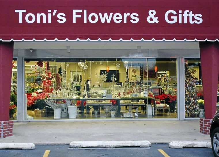 Best Florist: Toni's Flowers and Gifts