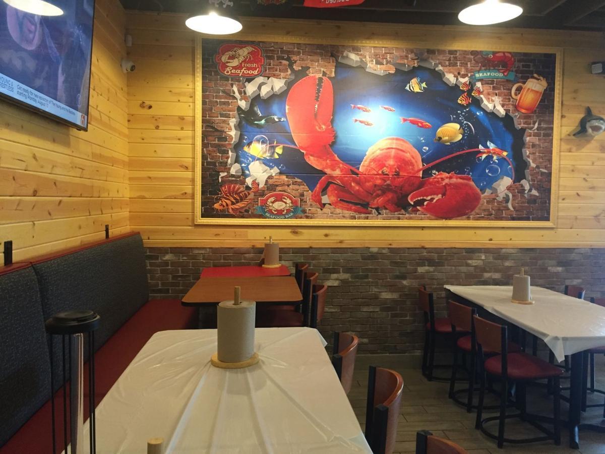 Craving Crab mural