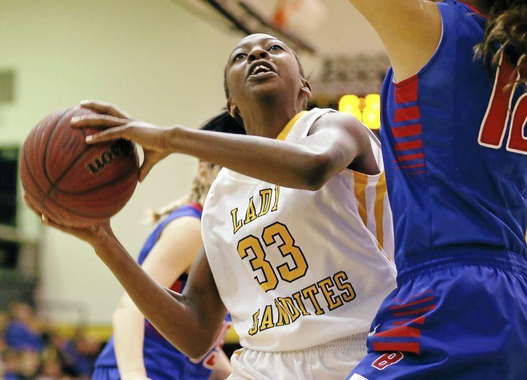 Photo Gallery: Bixby And Sand Springs Hoops