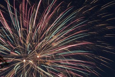 060921-ssl-fireworksmain-p1