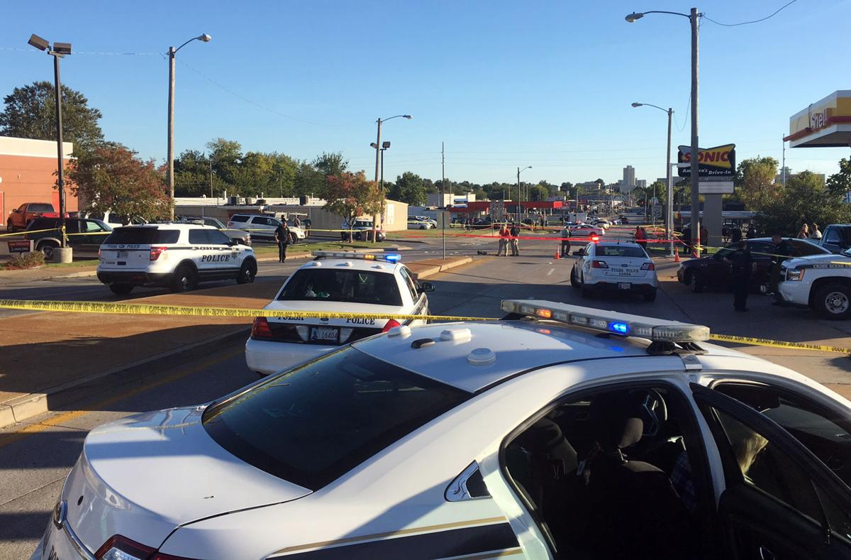 Man with knife fatally shot by two Tulsa police officers