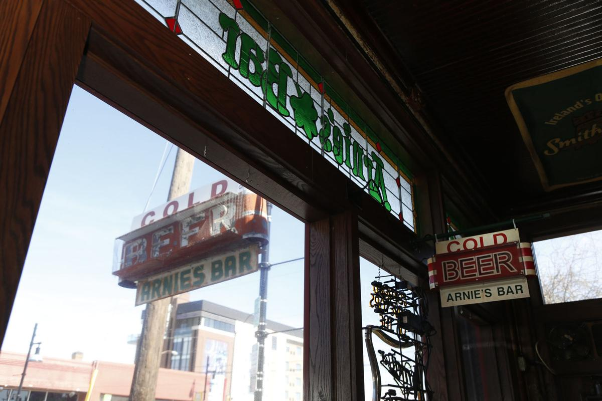 Arnie's Bar (copy)