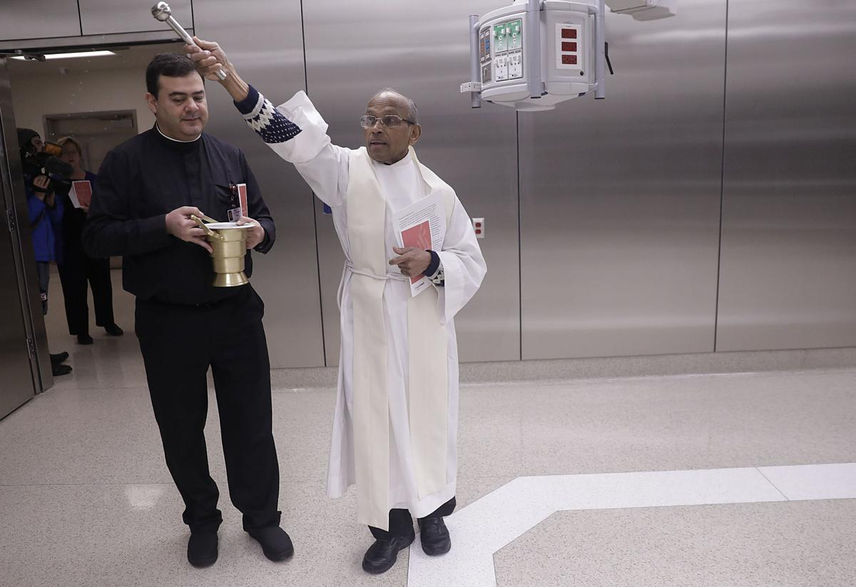 Saint Francis opens new operating room suites | | tulsaworld com