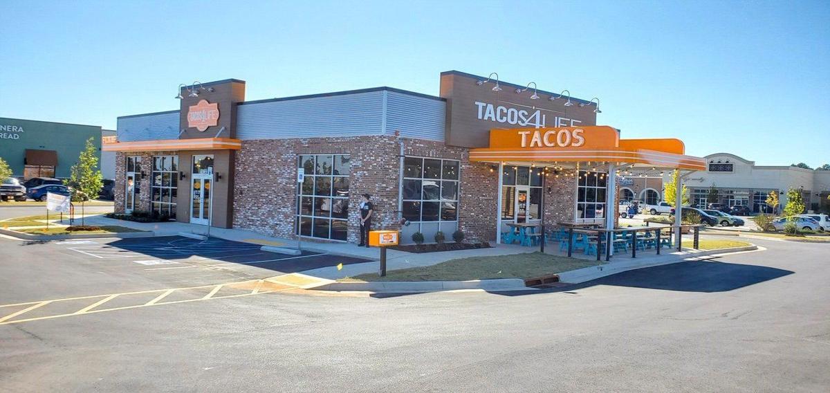 Tacos 4 Life building