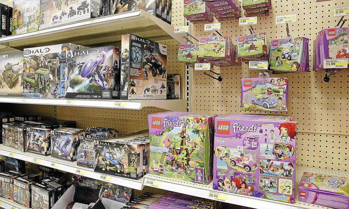 Target Toy Aisle : Target working to remove gender labels from toy bedding