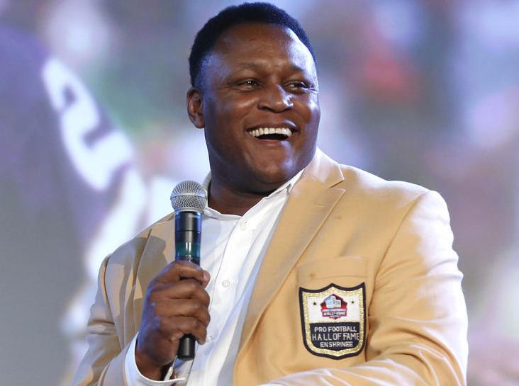 newest 353ce 70aa5 Barry Sanders appears at Pro Football Hall of Fame Fan fest ...