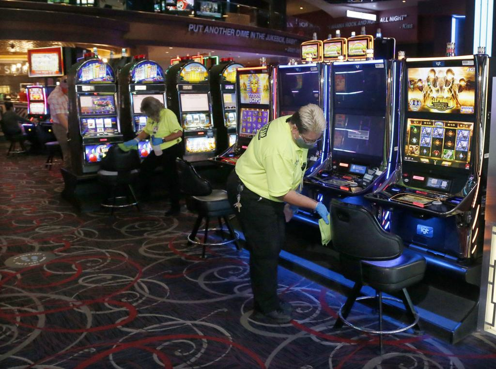 Hard Rock Hotel & Casino reopens but 'looks different' after COVID-19  shutdown | Local News | tulsaworld.com