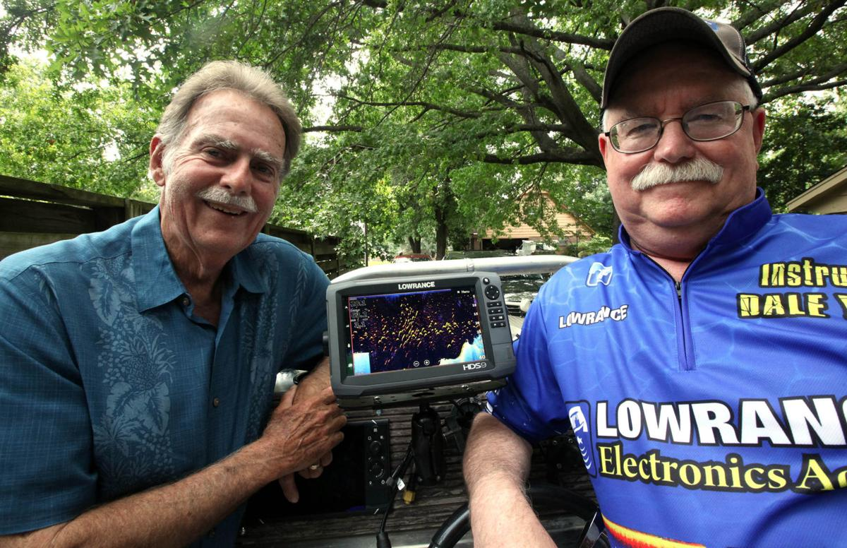 Tulsa anglers launch 39 lowrance academy 39 fishfinder school for Academy sports fish finders
