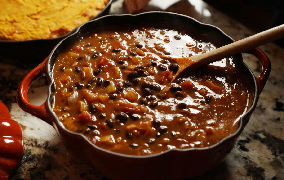 Take Your Pick Chili Recipes To Please Everyone Food Cooking Tulsaworld Com