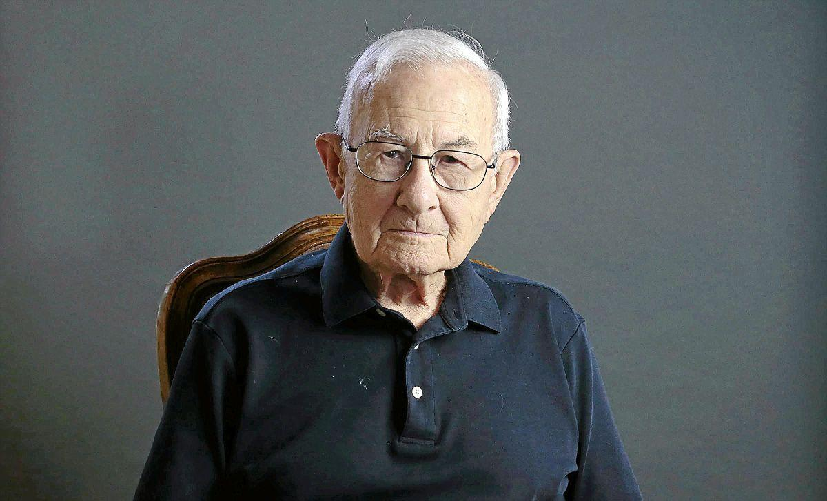 Arnol Sellars WW2 Veteran Project MW