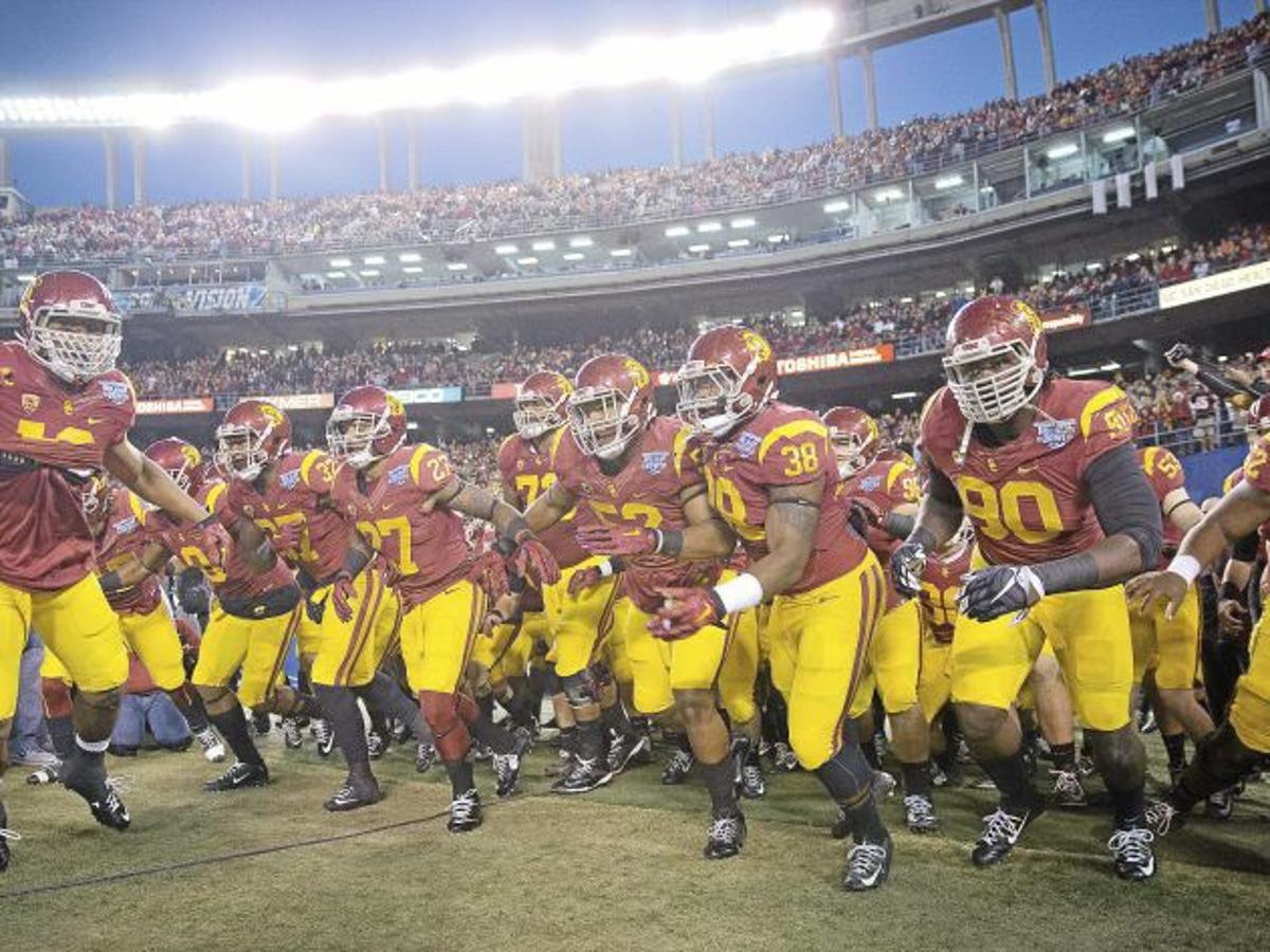 Guerin Emig What S This About The Big 12 Raiding The Pac 12 Ou Sports Extra Tulsaworld Com