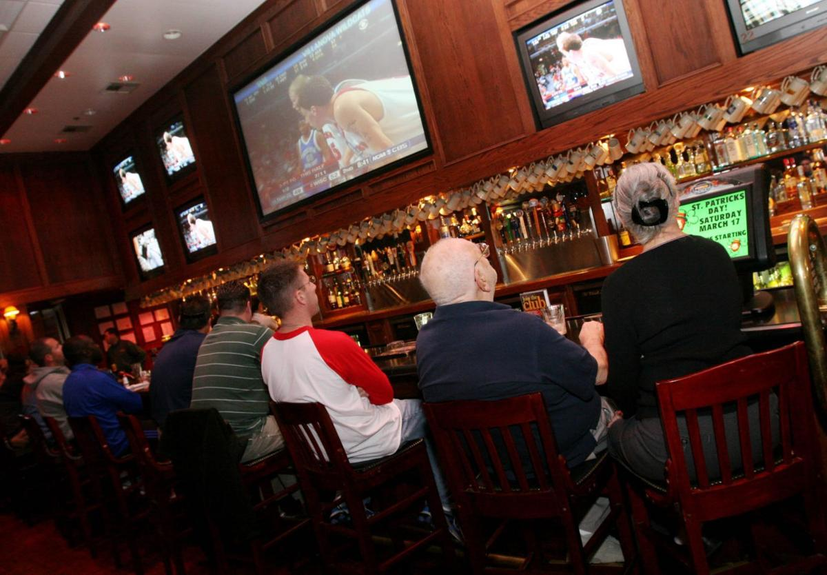 Fox and Hound Pub & Grill