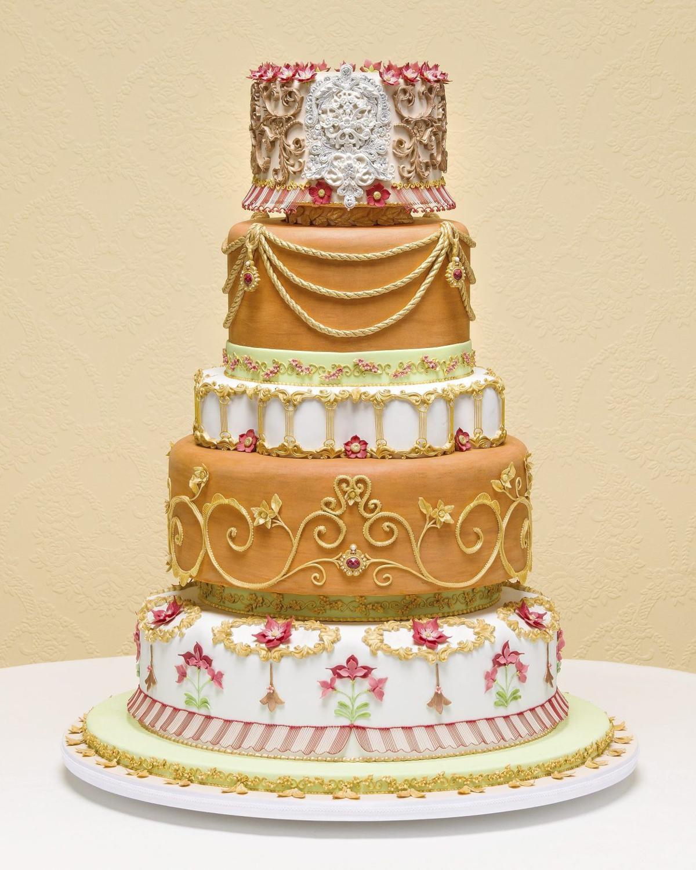 Oklahoma Woman Wins Third Grand National Wedding Cake