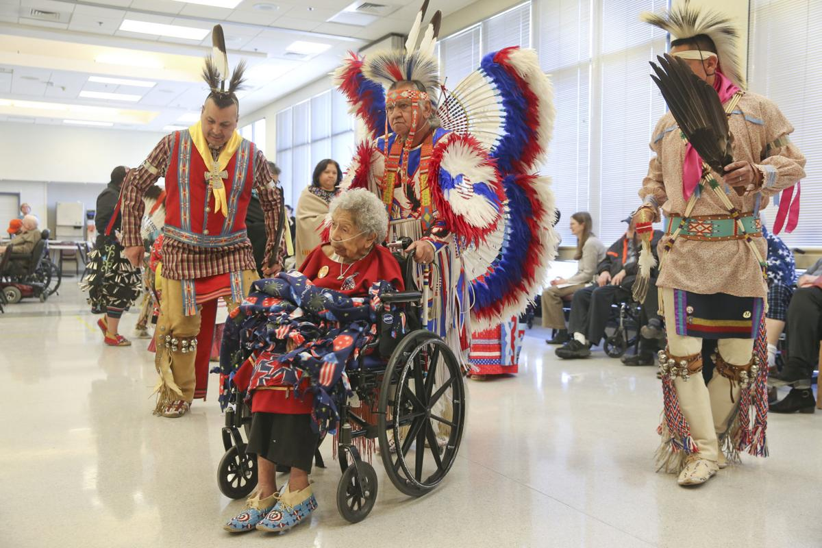 World War II Veteran Celebrates Her 104th Birthday With Cake Powwow