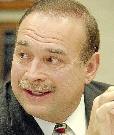Dennis Semler