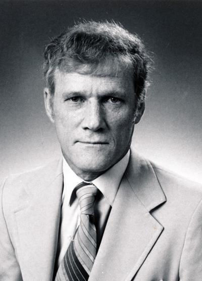 Windsor Ridenour, former Tulsa Tribune executive editor