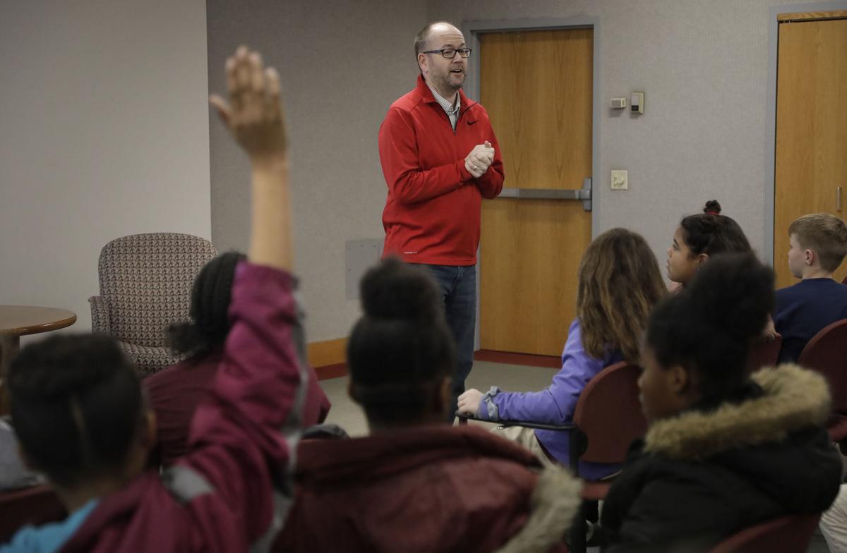 Eisenhower International School visits Tulsa World