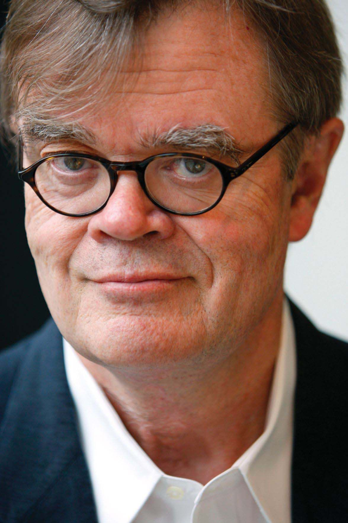 Garrison keillor a conservative on the left says check your rear garrison keillor a conservative on the left says check your rear view mirrors and forget about tattoos expocarfo Gallery