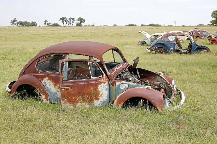 SEEN: VW Beetle Graveyard   Entertainment   tulsaworld com