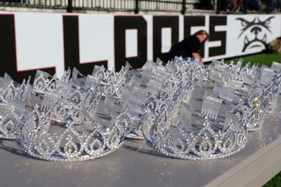 Wagoner Homecoming Crowns