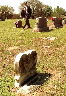 Critics Say Changing Cemetery's Name Buries Black History