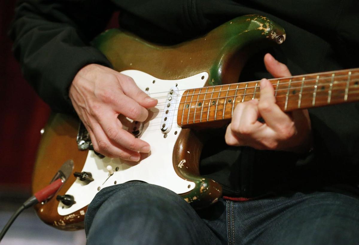 Guitarist Joe Bonamassa Brings Texas Playboys Guitar Back To Cains