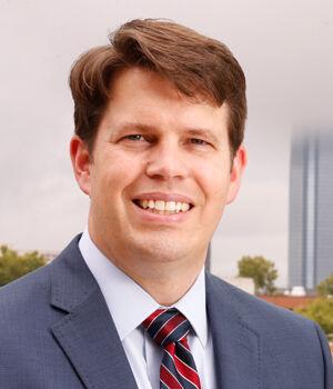 Dr. Aaron Wendelboe