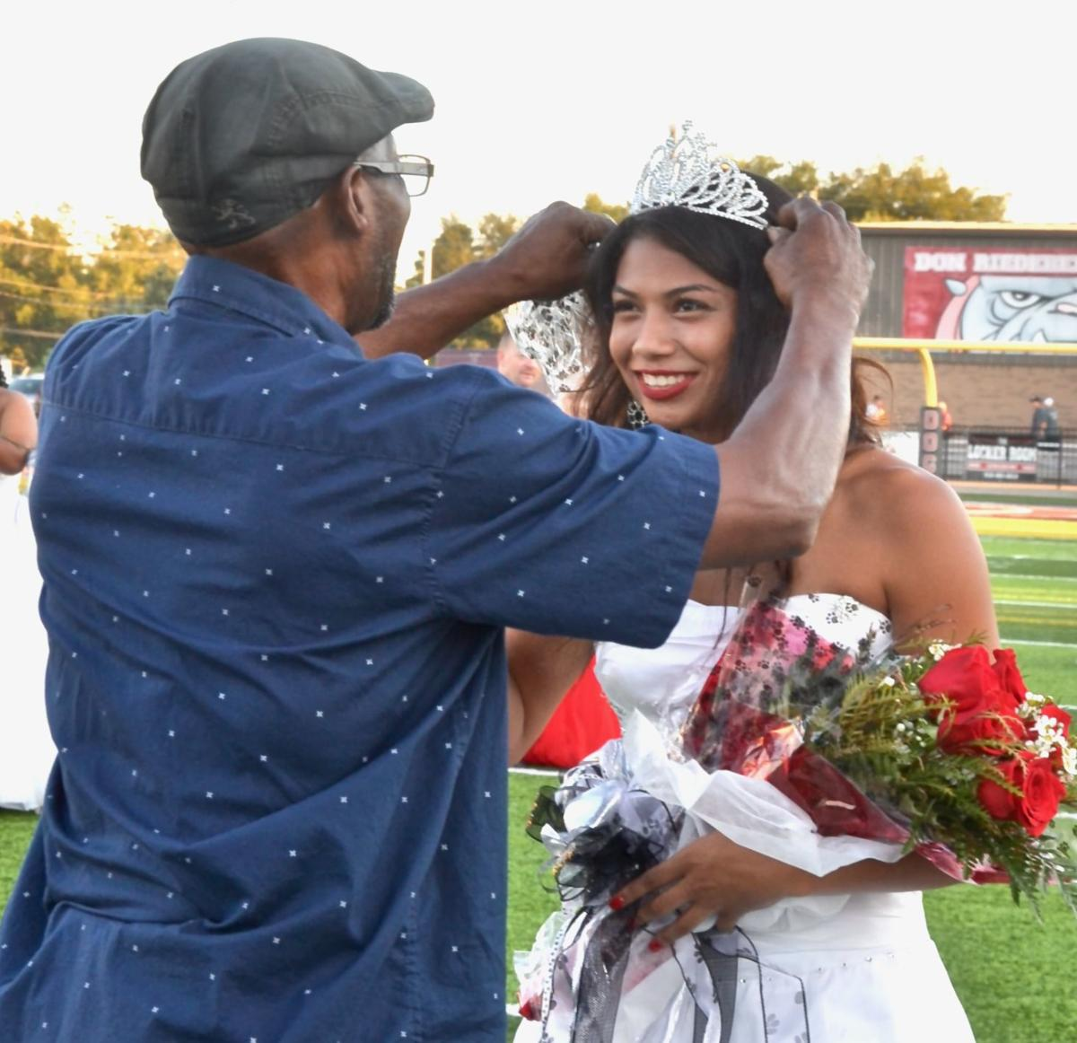 2019 Homecoming Queens and Escorts