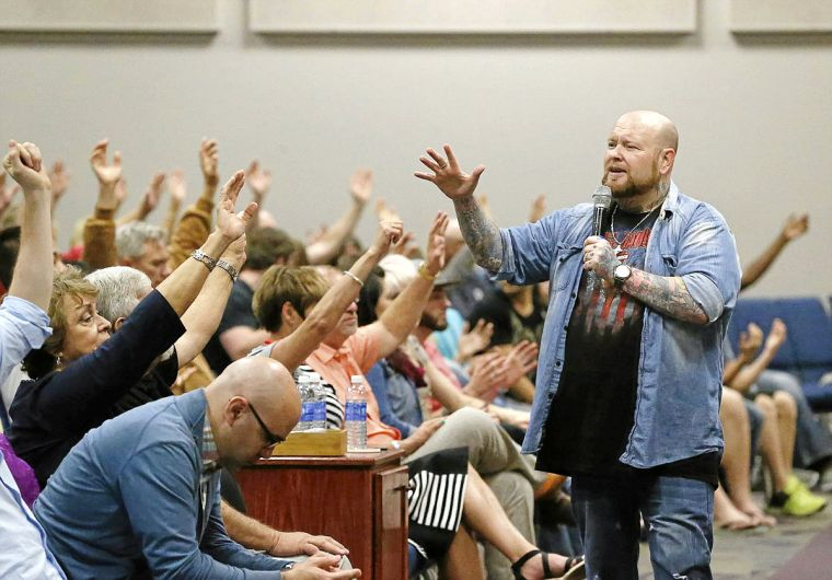Controversial healing evangelist extends Tulsa meetings | Lifestyles
