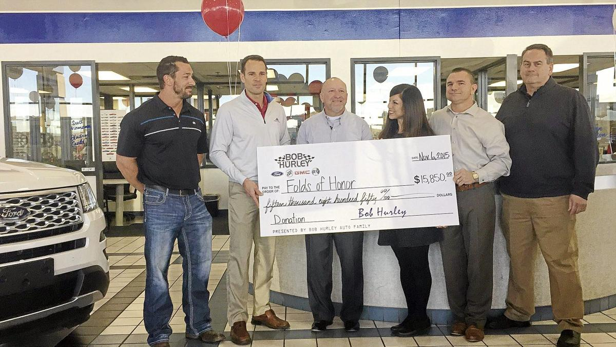 hurley celebrates military families through donation to folds of honor archive tulsaworld com hurley celebrates military families
