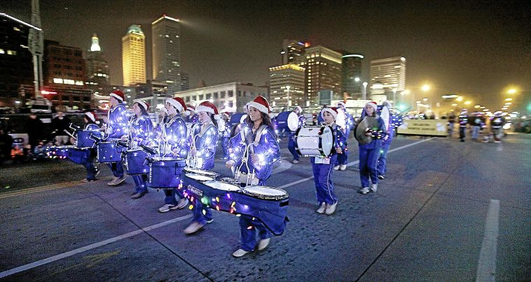 Tulsa Poll Put Christmas Back In Downtown Parade S Name Majority Says Local Tulsaworld Com