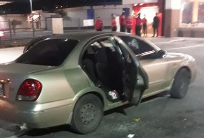 5 Shot, One Dead in Westmoorings KFC Carpark