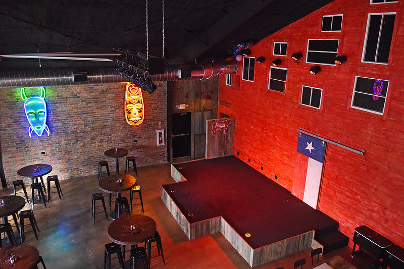 Red Rooster Icehouse in Hawkins offers food, drinks and live music