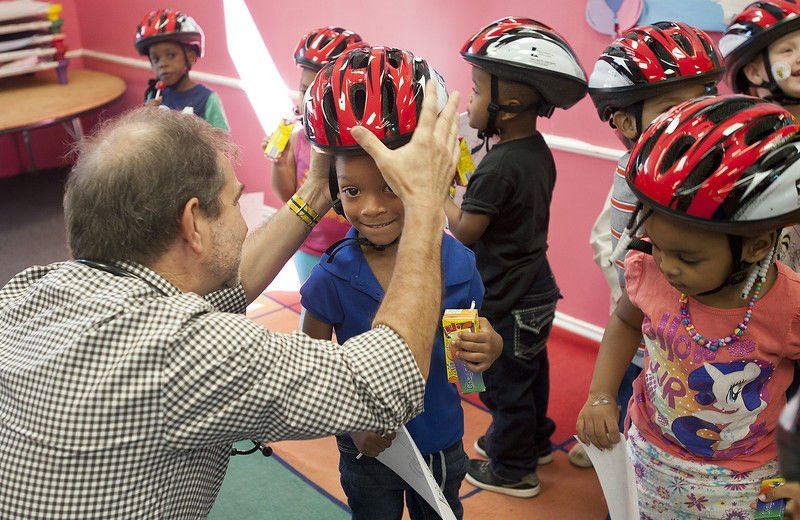 Local doctors set to distribute free bicycle helmets during Hard Hats for Little Heads event