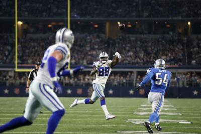 Dallas Cowboys put Detroit Lions' playoff hopes on hold with 42-21 win