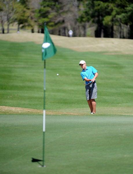 Junior golfers enjoy perfect day at HTCC
