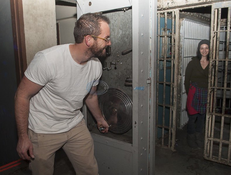 'Grinch' sets up lair in historic Palestine jail