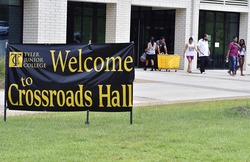 Tyler Junior College students move into dorms to begin fall 2016 semester