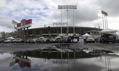 City, county approve negotiations on $1.3B Oakland Raiders stadium to get team to stay