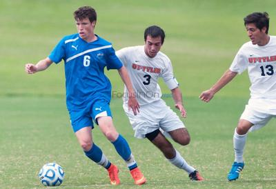 Patriots soccer scores early in 1-0 win
