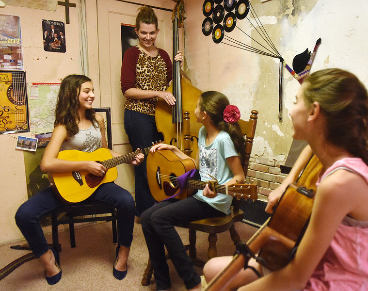 Rafael Espinoza Music Academy working to bring live music performances to Mineola