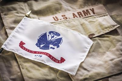 stock_military_army_armed_Forces_veteran