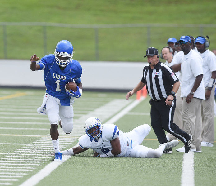 John Tyler overwhelms Plano West in first 6A test, 45-14