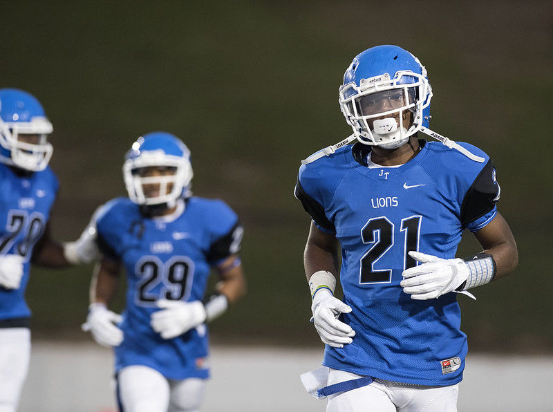 UPDATE: John Tyler Lions rally to beat Ennis 27-23