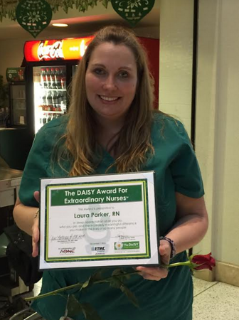 ETMC Jacksonville nurse receives Daisy award