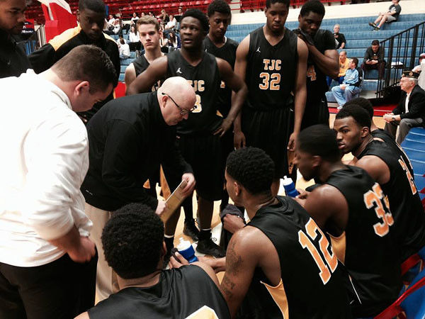 TJC men adavnce after deafeating Faulkner State