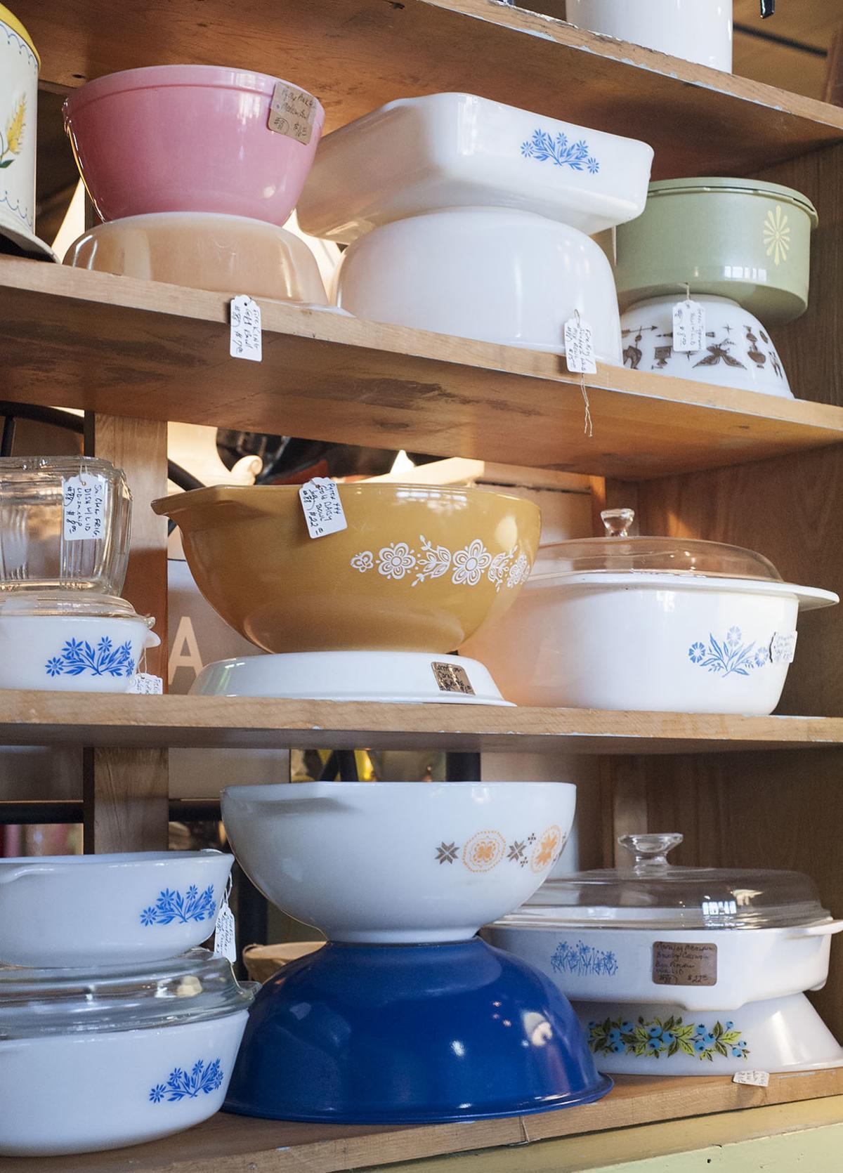 Vintage kitchenware - Gladewater Businesses Stir Warm Memories With Vintage Kitchenware