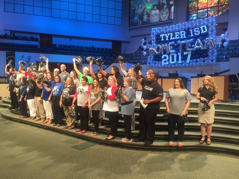 Tyler ISD celebrates successes, focuses on call to serve at 2017 Convocation