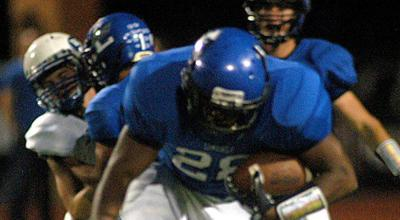 Lindale routs Wills Point on homecoming